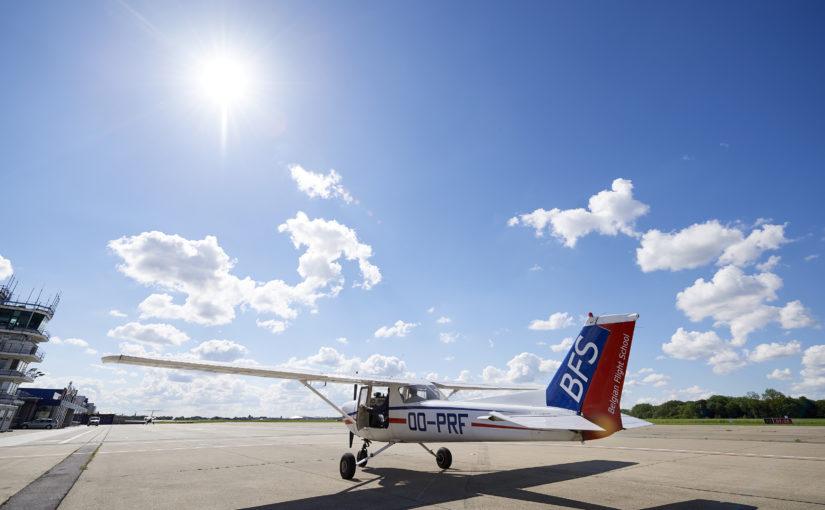 Formation instructeur de vol en continu 3 fois par an.